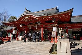 270px-Ikuta-jinja_Kobe07n4272