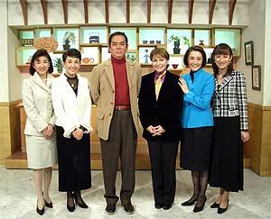 ladies4_group_photo02